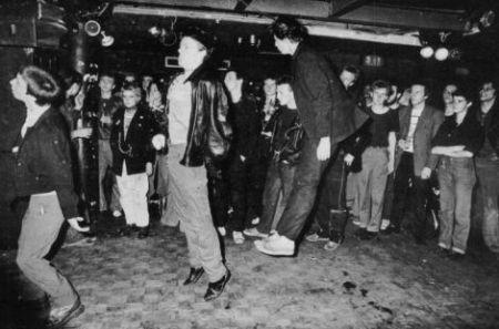pogo-punk-dance